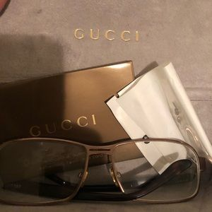 GUCCI eyeglasses arms are broken can be repaired